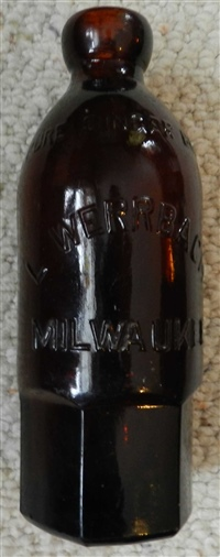 L. WERRBACH MILWAUKEE PURE GINGER BEER amber hutch soda bottl