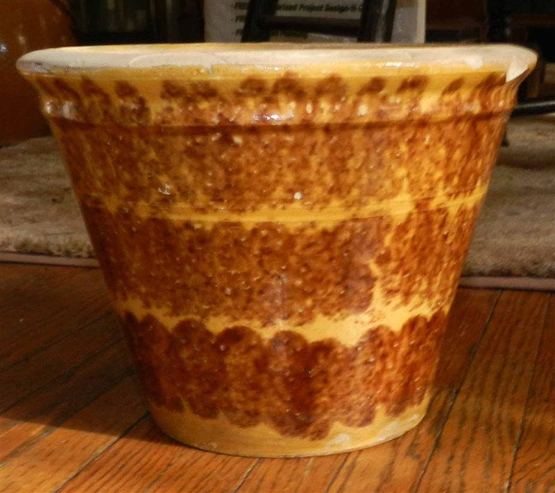 Whitewater bowl decorated with wide brown sponge band